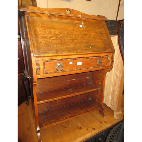 1553 - Small Arts and Crafts oak bureau, carved spinning chair and two occasional tables...