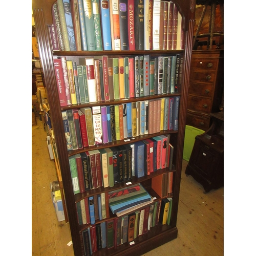 354 - Large quantity of Folio Society books with slip cases...