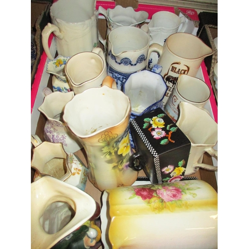 476 - Coalport blue and white jug and miscellaneous other pottery jugs and Toby jugs...