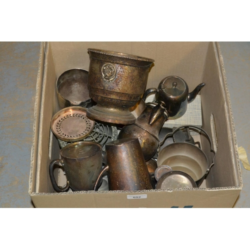 692 - Box containing a quantity of miscellaneous silver plate and cutlery...