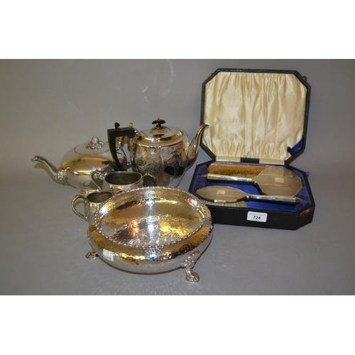 724 - Art Deco silver mounted hairbrush and hand mirror, two other brushes, a Mappin and Webb silver plate...