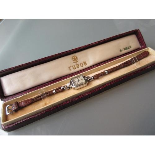 847 - Ladies Rolex Tudor steel cased wristwatch, in original presentation box (movement at fault)...