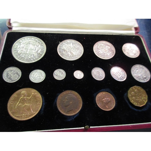 875 - Cased 1937 Great Britain specimen coin set together with a 1951 Festival of Britain coin set...
