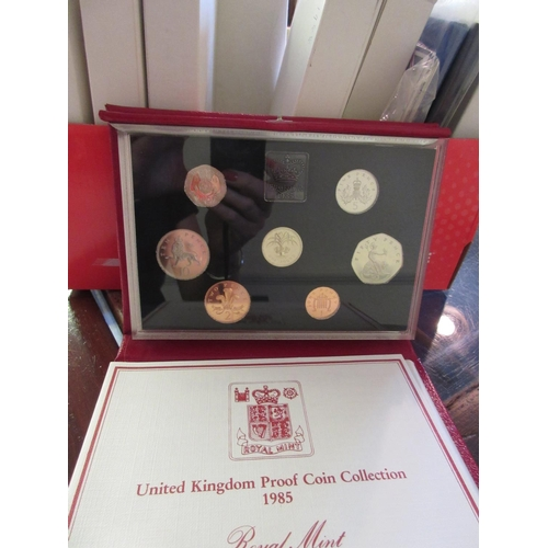 877 - Quantity of Great Britain proof coin sets...