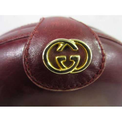 16 - Gucci, burgundy leather ladies shoulder bag with dust cover