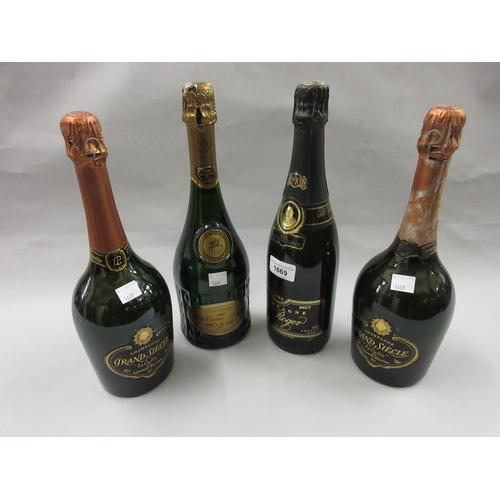 1669 - One bottle Pol Roger champagne, Winston Churchill vintage 1986, together with two bottles Laurent Pe...