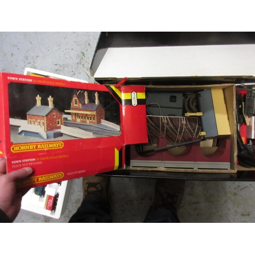 129 - Boxed Hornby train set...