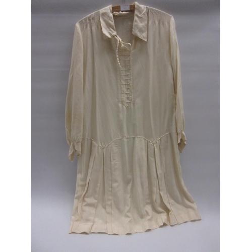 40 - 1920's Ladies tennis dress...