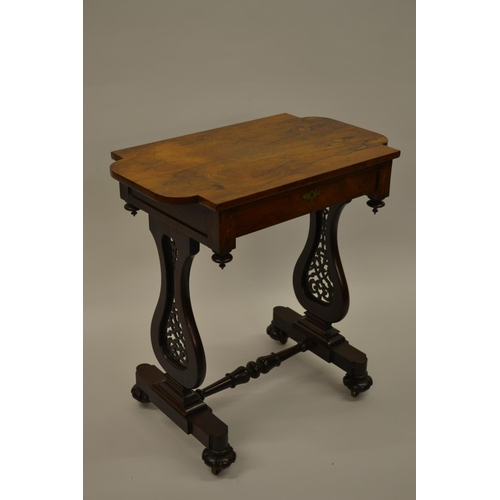 1607 - William IV rosewood work table, the rectangular shaped top with a single frieze drawer raised on pie...