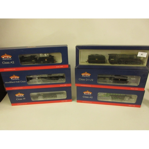 41 - Group of six Bachmann 00 gauge model locomotives, V2 BR lined green 60865 (31-563), Class A2 locomot...