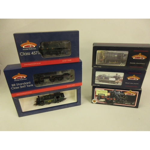 42 - Group of six Bachmann 00 gauge locomotives, Ivatt tank 41272 (31-450A), Class 56XX tank 5601 (32-080...