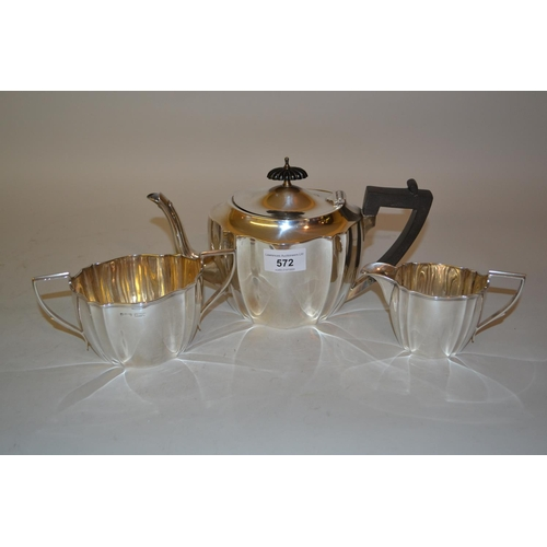 572 - Oval fluted three piece silver tea service, Sheffield 1922...