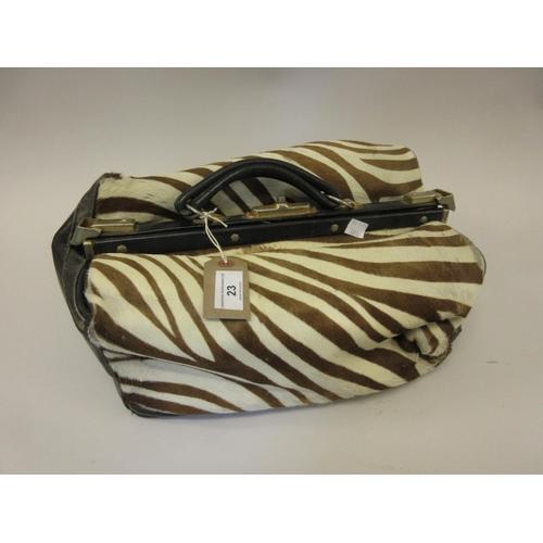 23 - Zebra skin and black leather Gladstone type bag...