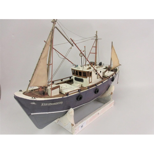 40 - Wooden scale model of the trawler ' Marina '...
