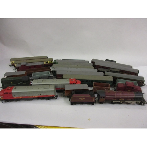 122 - Three boxes containing a large collection of Triang Hornby 00 gauge railway train sets including eng...