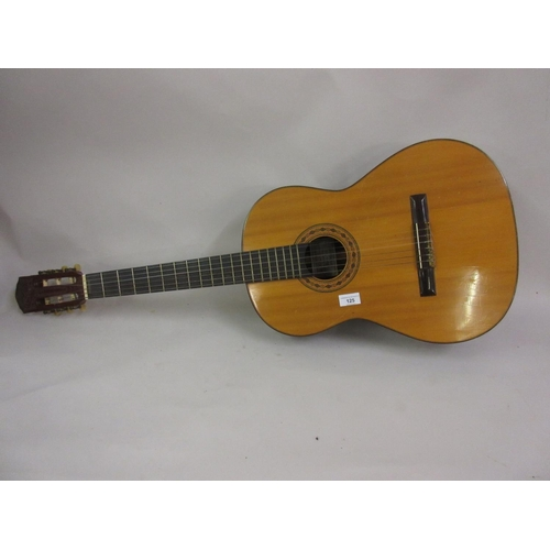 125 - Spanish classical guitar by Julio Rodrigues Pereyra, 1968...