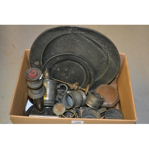 1500 - Collection of various items of antique and later pewter...