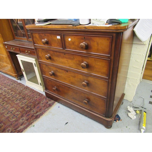 2065 - Good quality Victorian mahogany straight front chest of two short and three long graduated drawers w...