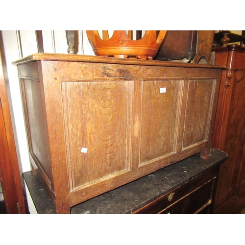 2083 - Reproduction oak plank coffer with hinged lid...