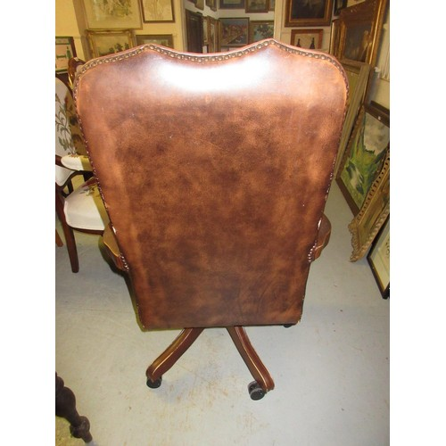 2063 - Mid 20th Century brown button leather upholstered swivel office chair...
