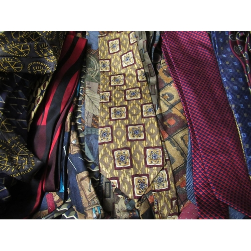 44 - Large collection of approximately one hundred and fifty gentlemens silk ties...