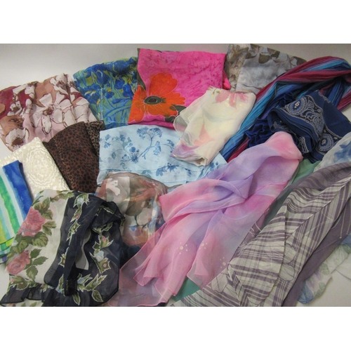 17 - Large quantity of ladies silk and other scarves