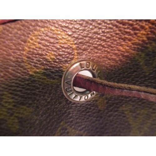 23 - Louis Vuitton Monogram Noe bucket bag (worn, at fault)
