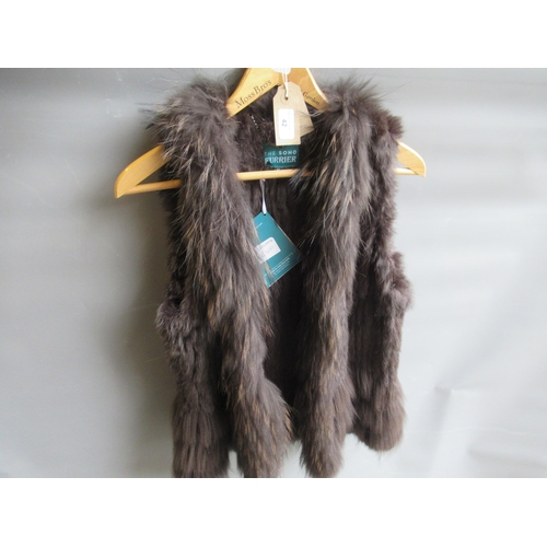 42 - Simona Barbieri Twin-Set, ladies black fur and lace gilet and a ladies brown fur gilet by The Soho F...