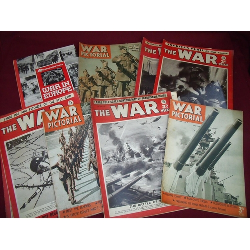 32 - Selection of war related magazines and booklets including War Pictorial, The War Weekly and hardback...