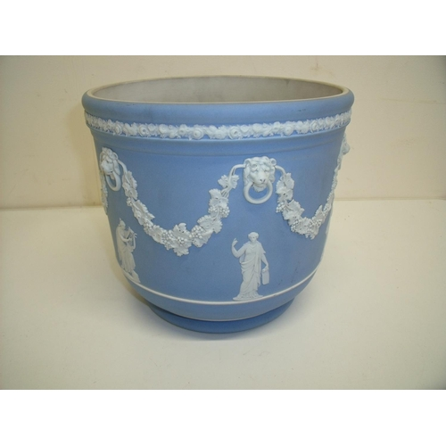 1 - Large Wedgwood blue Jasperware jardinière (diameter 21cm, 19cm high)...
