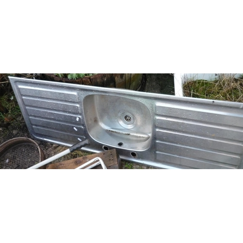 46 - Stainless steel sink unit...