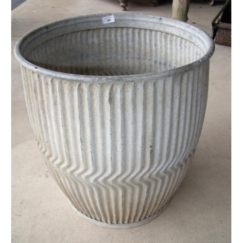 45 - Galvanised metal dolly tub...