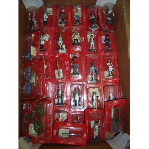127 - Twenty seven boxed and unsealed Del Prado cast metal Napoleonic era figures including two unmounted ...