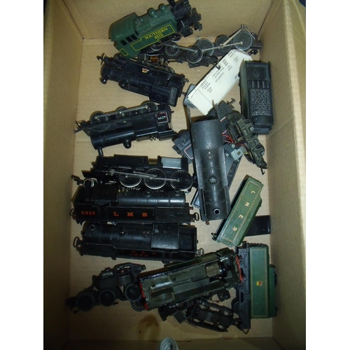 136 - Selection of Hornby and other OO gauge tanks, locomotives and various bodies of, including Southern ...