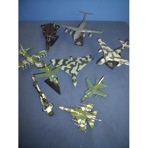 197 - Selection of various plastic and diecast modern aircraft including Vickers Valiant, Tornadoes, SR71 ...