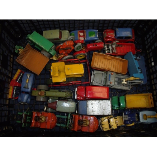 206 - Tray containing a quantity of vintage Dinky toys, mostly agricultural and industrial including vans,...