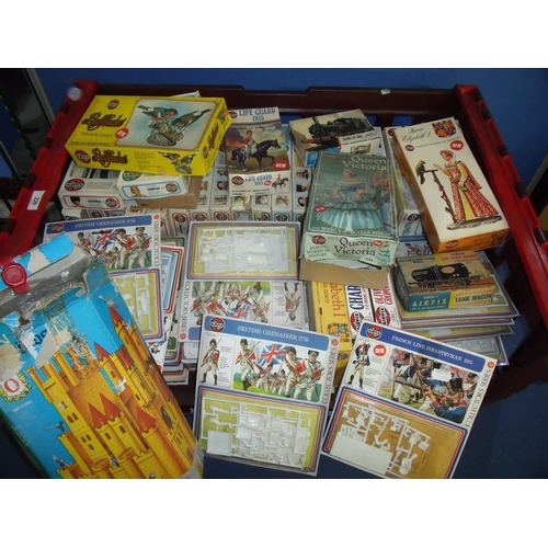 226 - Box containing extremely large quantity of mostly Airfix unmade models of various series including N...