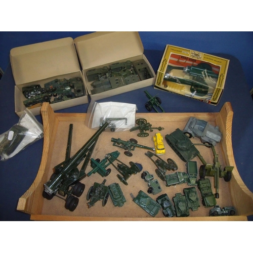 228 - Selection of various vintage and later military vehicles and field guns including Lesney, Dinky and ...