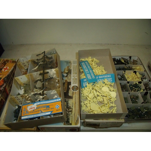 266 - Large quantity of military miniatures including Airfix, mostly of various time periods including WWI...