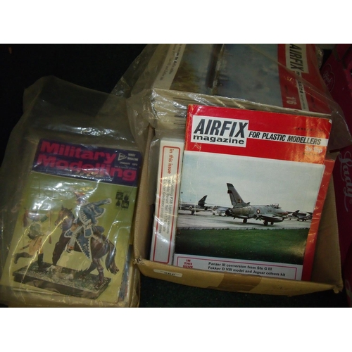 286 - Large quantity of Airfix Plastic Modeller's Magazines and Military Modelling Magazines...