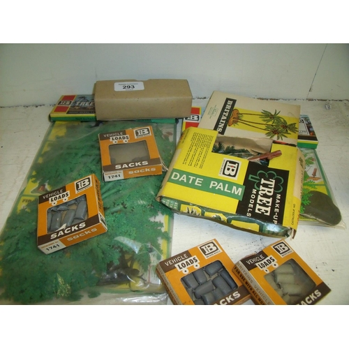 293 - Selection of mostly boxed and still sealed Britains accessories and scenery packs including sacks, t...