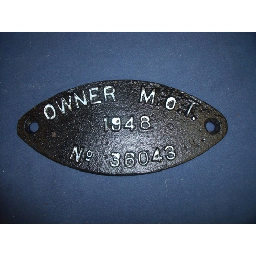 55 - Oval cast metal loco plate 'Owner M.O.T 1948 No 36043'...