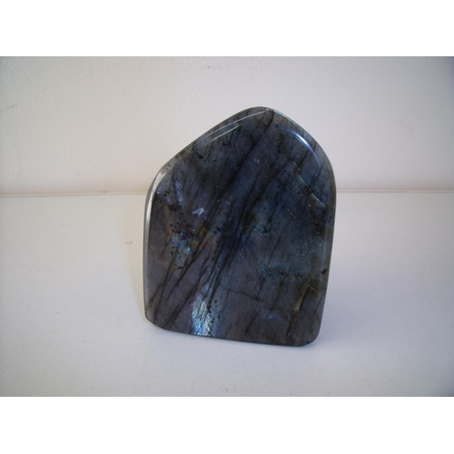 46 - Piece of polished Labradorite (7.5cm x 4cm x 9.5cm)...
