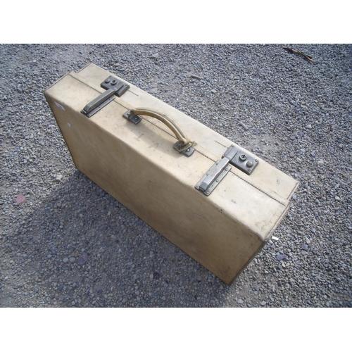 35 - Vellum expanding suitcase (70cm x 40cm x 18cm)...