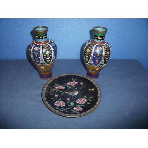 86 - Pair of cloisonné vases (height 15cm, 1 A/F) and a cloisonné plate (diameter 15cm) depicting bird & ...