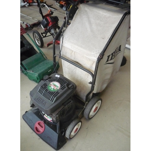 99 - Turbo 50 3.5 yard and garden vacuum...