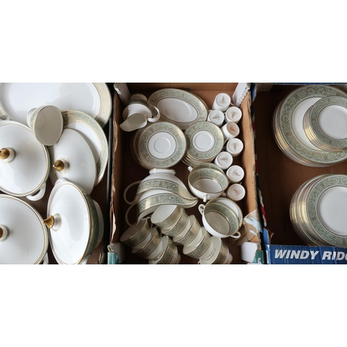 391 - Large comprehensive (8 place settings) Royal Doulton English Renaissance pattern dinner, coffee and ...