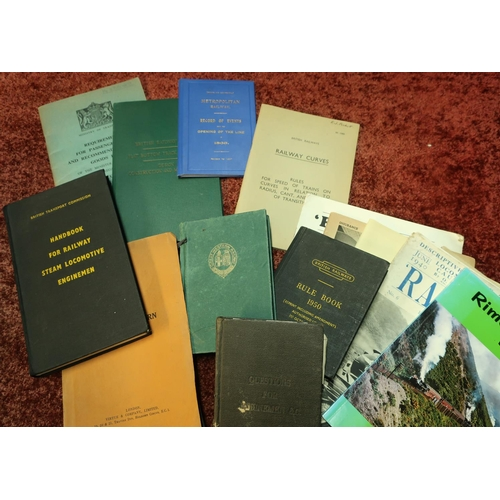 17 - Box containing a quantity of various railway ephemera and paperwork including Ministry Of Transport ...