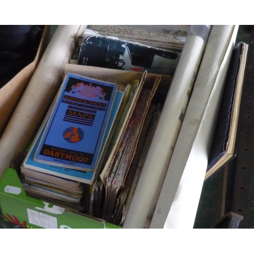 20 - Box containing a large amount of vintage road maps, European maps dating from the 1940's...