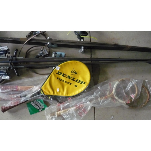 32 - Collection of rackets including Dunlop tennis racket, badminton racket etc (6)...
